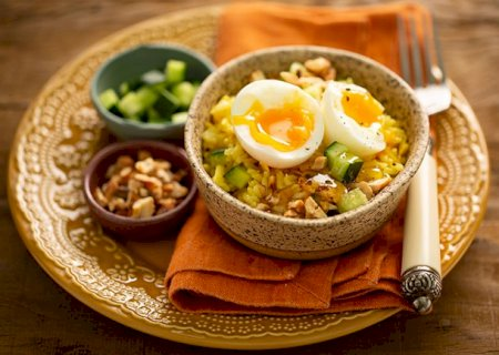 Salada de arroz com curry